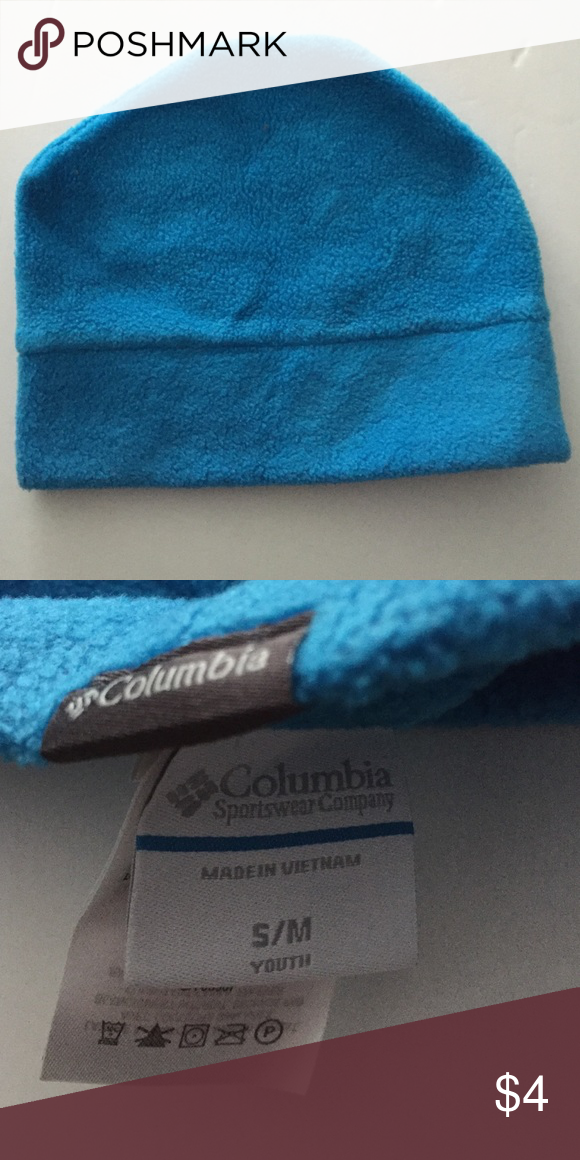 de826d89abb ... fleece Columbia winter hat. The size says youth small medium but it  actually fits my head! Excellent condition. Coming to you from in  impeccably clean ...
