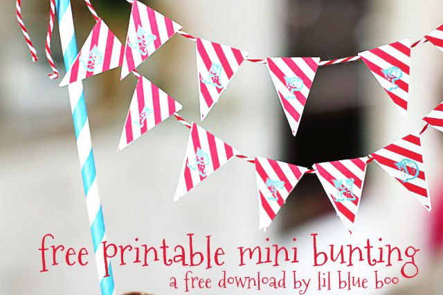 Free Printable Circus Mini Bunting via lilblueboo.com
