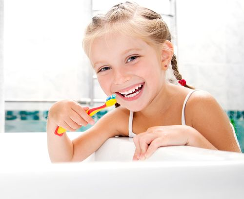 Good dental health doesn't happen on its own – it's a combination of great home care, healthy diet and regular visits to your dentist. http://goo.gl/RAIYHh