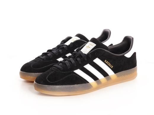 adidas gazelle black and white gum