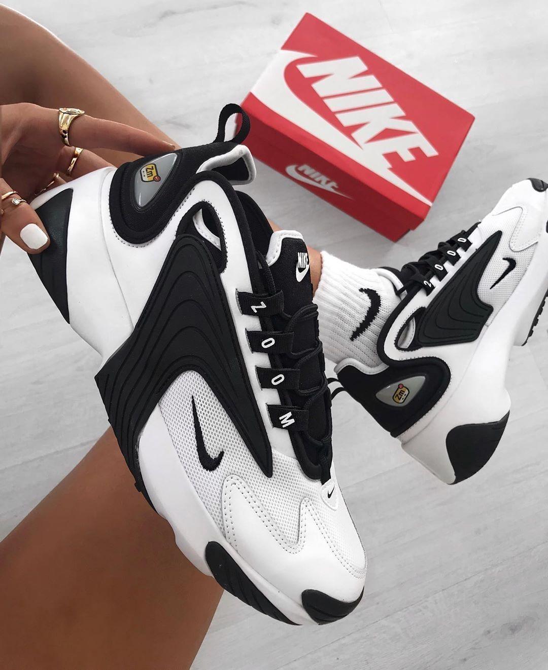 Nike Zoom 2K in weiss AO0269 101 | Nike schuhe schwarz
