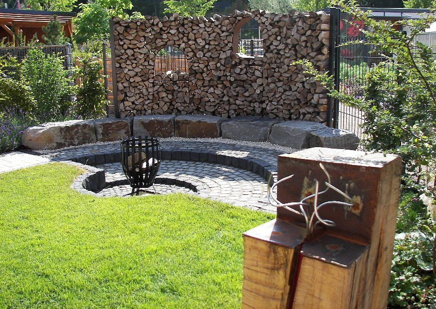 wooden wall | grillstelle | pinterest | reihenhausgarten, Gartenarbeit ideen