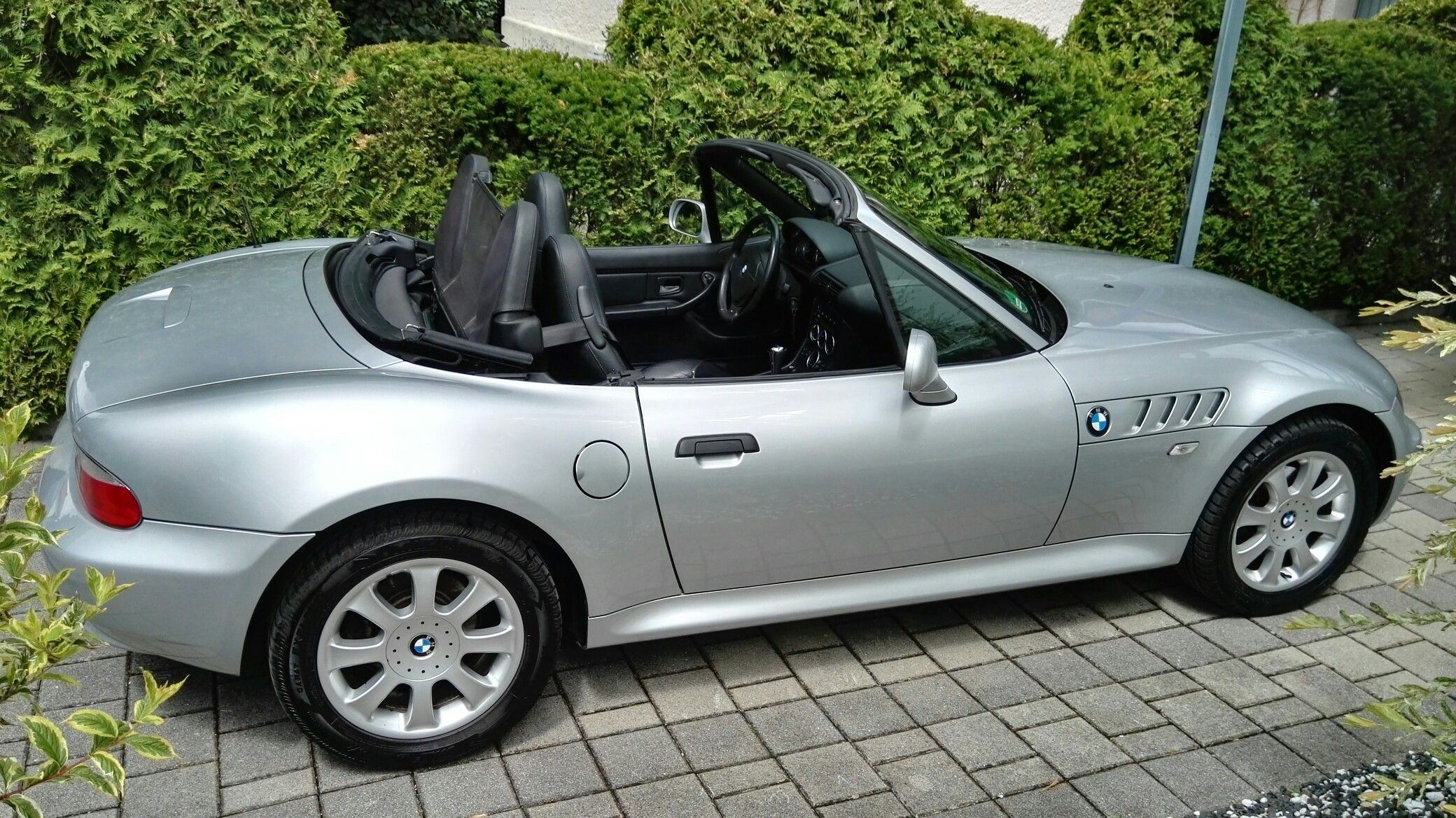 Gmail bmw theme - Explore Bmw Z3 Convertible And More