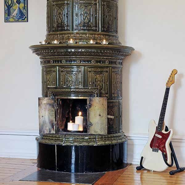 Unique old-world round design | Fireplaces | Pinterest | Fireplace ...