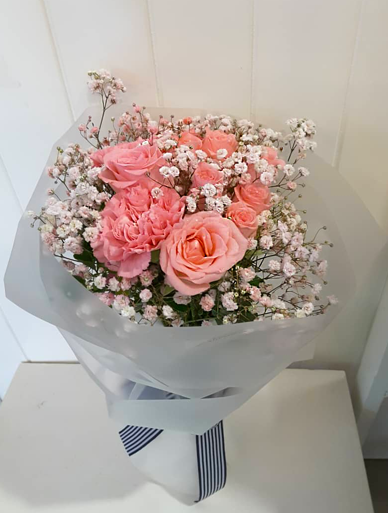 This Is So Pinky Pink Roses Carnations Baby Breath So Lovely Our Contact Whatsapp Wechat 016 721 6822 Online Flower Shop Flower Shop Pink Flowers