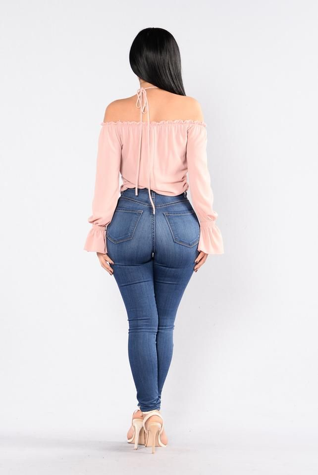 189aad94 Cubana Top - Blush | moda | Mujeres hermosas、Jeans ajustados skinny ...