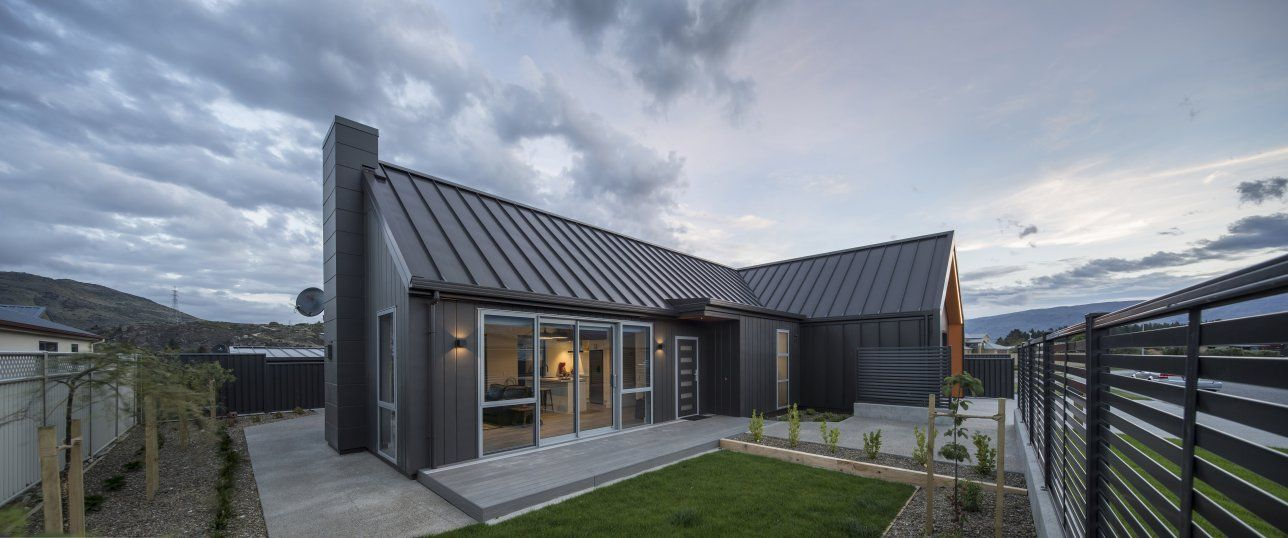 Linea Oblique Weatherboard By James Hardie Classic Architecture Architecture Facade Panel