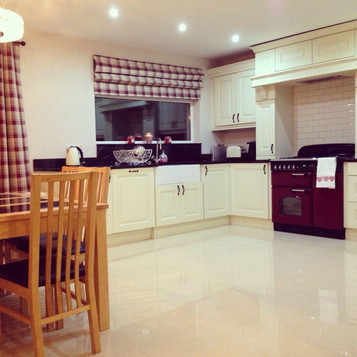 Kitchen.... Tartan Blind And Cranberry Rangemaster. Blinds