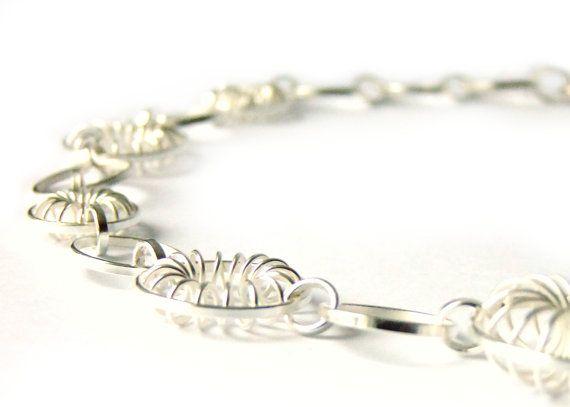 Blüten Filigran Brautschmuck Silberkette von KipkalinkaJewels, €429.00