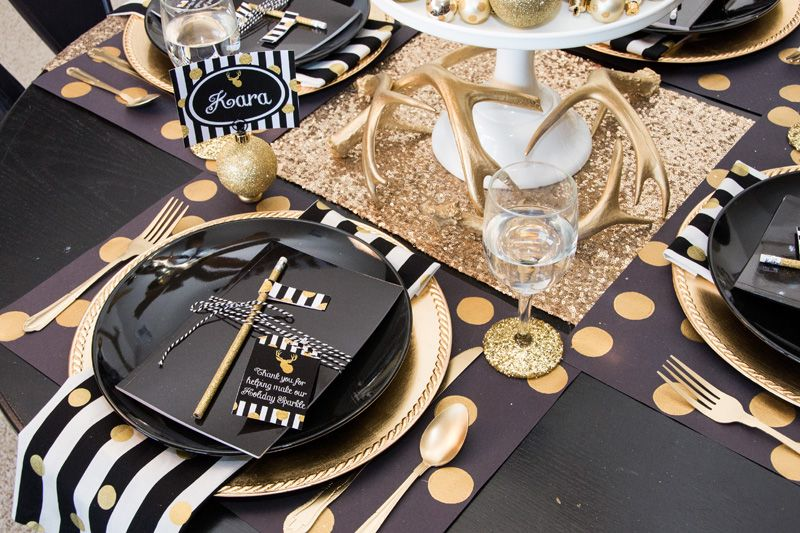 Black and Gold Place Setting & Black \u0026 Gold Christmas Party | Table settings and Wedding