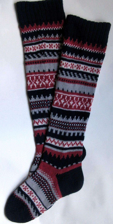 Scandinavian pattern rustic autumn fall knit knee-high dark blue red ...