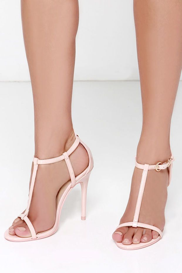 Chinese Laundry Leo Soft Pink Patent T Strap Dress Sandals