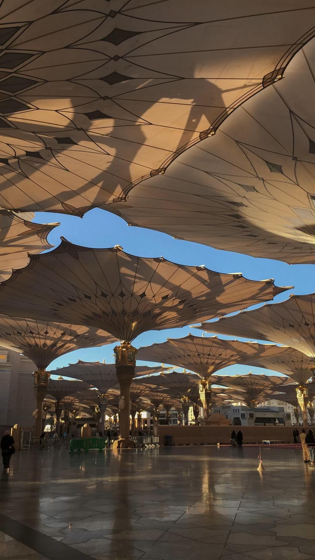 Shots of Makkah and Madinah