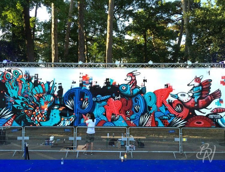 bleu-noir-paris-tattoo-art-shop-franck-pellegrino-veenom-mast-fresque-peacock-festival-musique-10