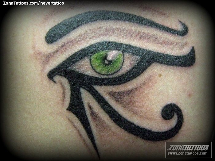 Tatuaje De Nevertattoo Ojo Horus Ojos Egipcios Tattoos That I Love