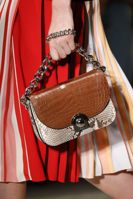 3559746a391e Prada Spring 2016 Ready-to-Wear Fashion Show Details