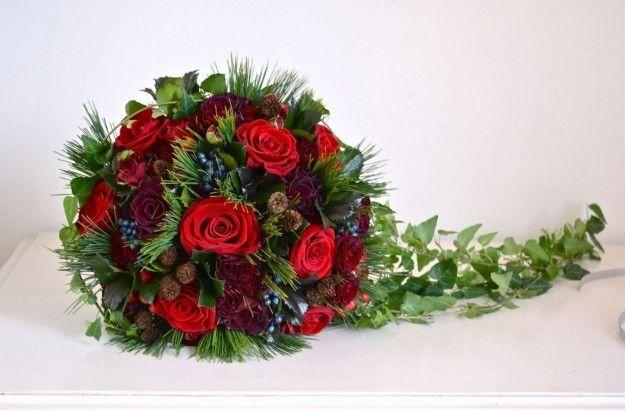 Matrimonio Natale Addobbi : Sposarsi a natale ispirazioni a tema natalizio u