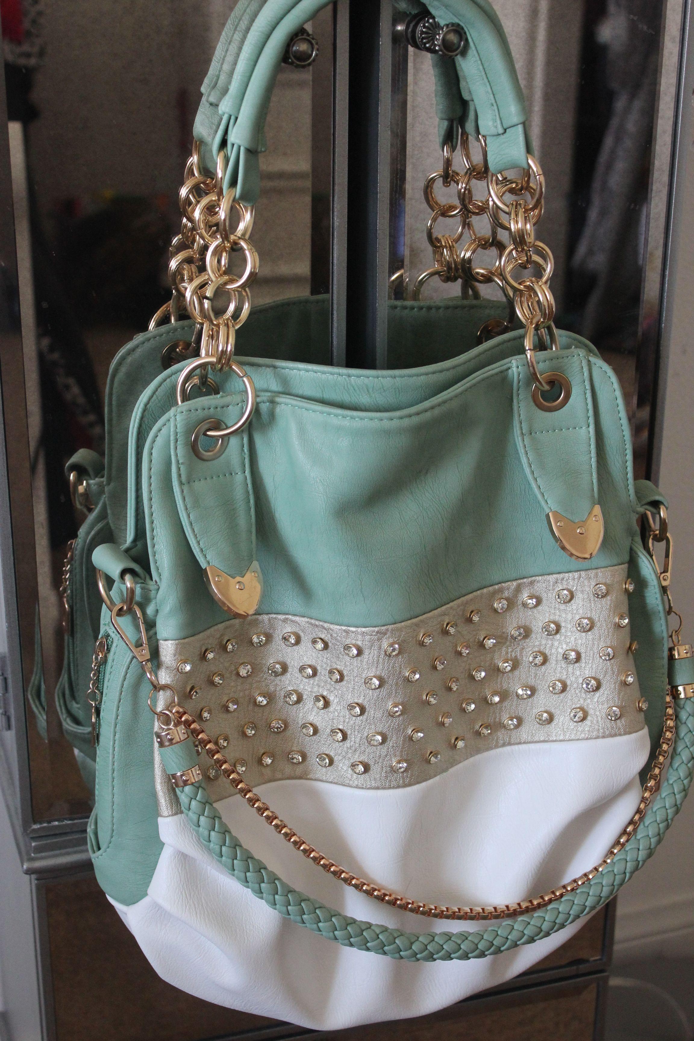 Pin by Nicole Barnes on Cute bags | Handbag accessories ...