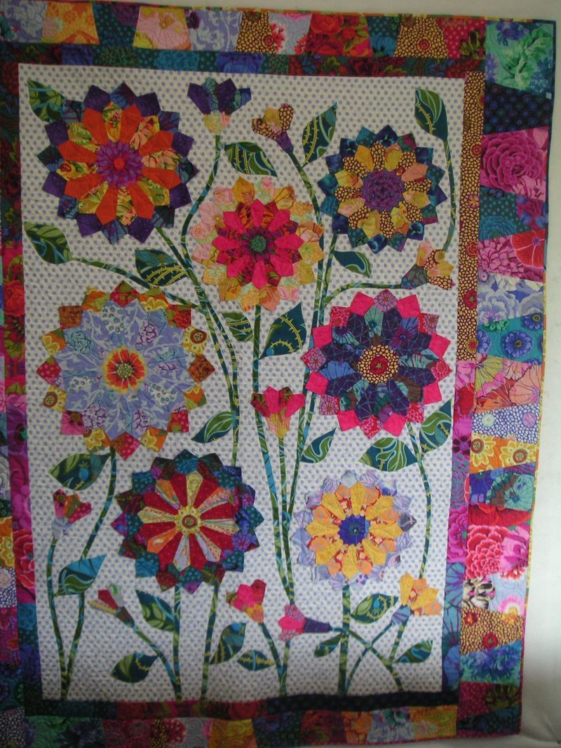 Adorable applique quilt by Wendy Williams