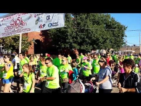 2013 Cotton Pickin' 5k Race Start - YouTube