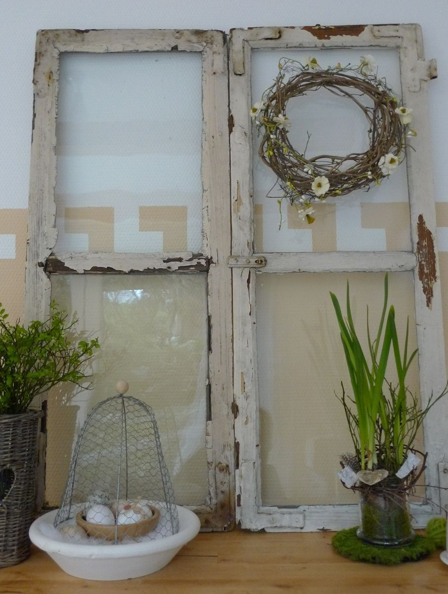 shabby fenster als dekoration garten fensterrahmen u fensterladen pinterest shabby. Black Bedroom Furniture Sets. Home Design Ideas