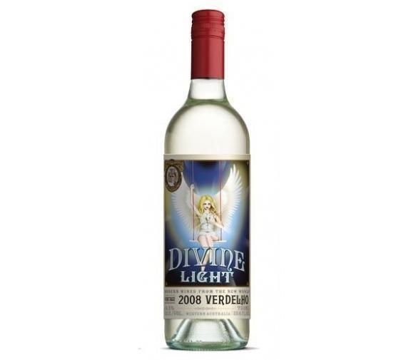 Divine Light   'Otras 101 etiquetas de botellas de vino... (2ª parte)' by @Recetum
