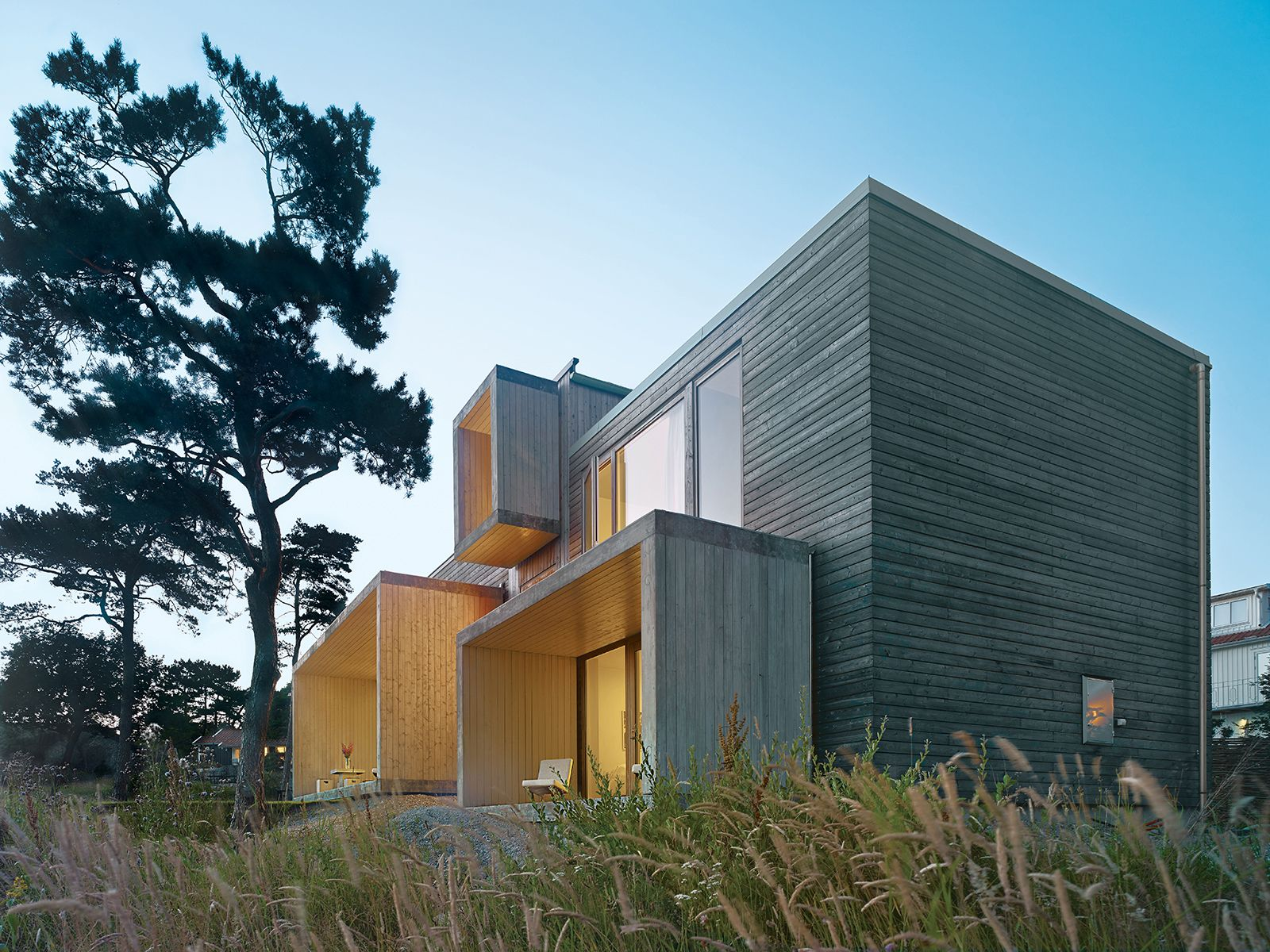 Slideshow A Pine Box Vacation Home In Sweden Dwell Architecture Countryside House Modern Architecture