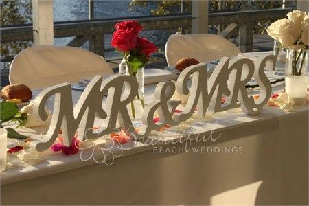 These beautiful White Word 'Mr & Mrs' will make an attractive and memorable feature at your wedding venue.