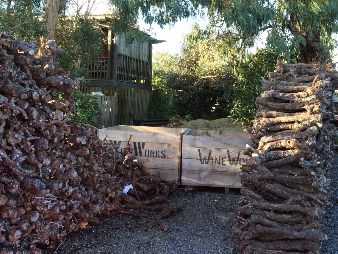 Wine stump walls