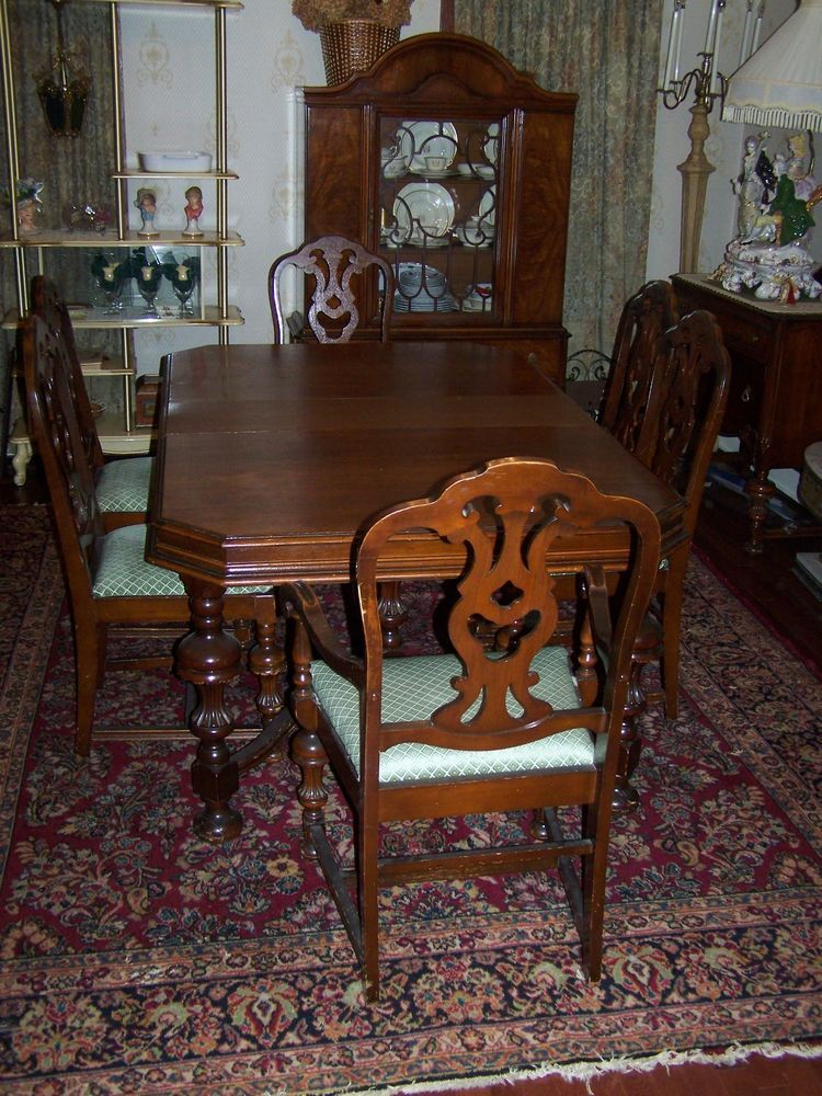 Antique Dark Wood Dining Room Table With 6 Chairs And Leaf Dark