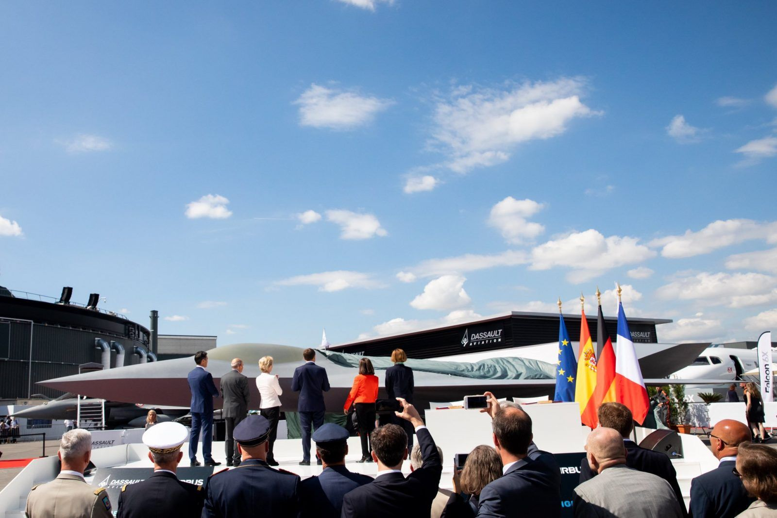 France And Germany Signed A 150 Million Deal To Develop A