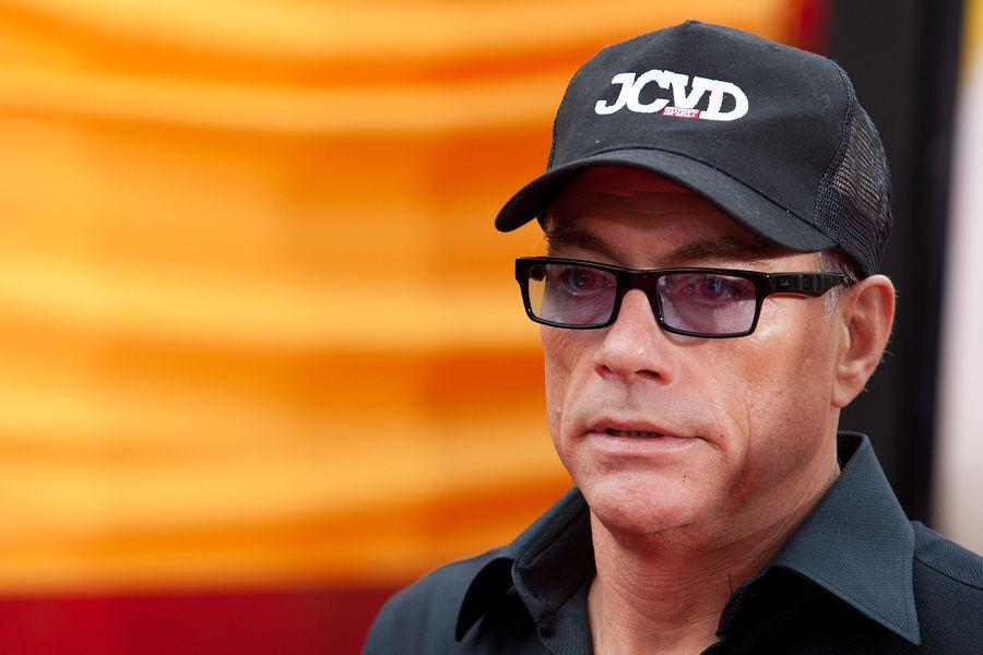 Jean Claude Van Damme Vermogen Des Karate Tigers 2021 Claude Van Damme Van Damme Karate