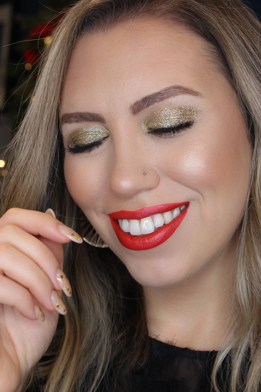 Holiday Makeup Monday Tutorial Gold Glitter Eyes (With