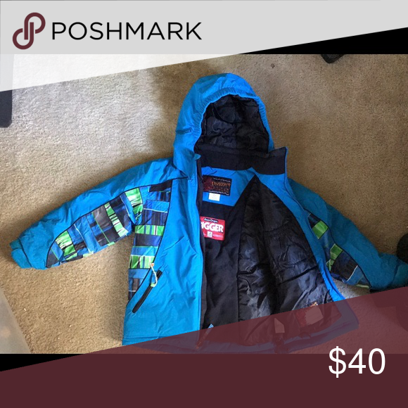 Snow Dragons Boys Snow Jacket Super comfy and warm snow jacket. Expands with internal zippers. Jackets & Coats Puffers
