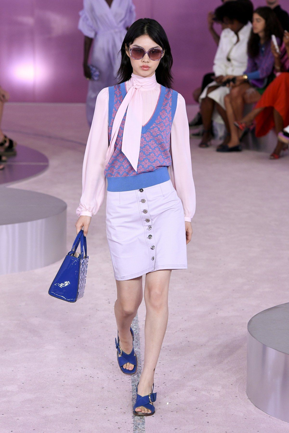 d8630244cd Kate Spade New York Spring 2019 Ready-to-Wear Fashion Show ...