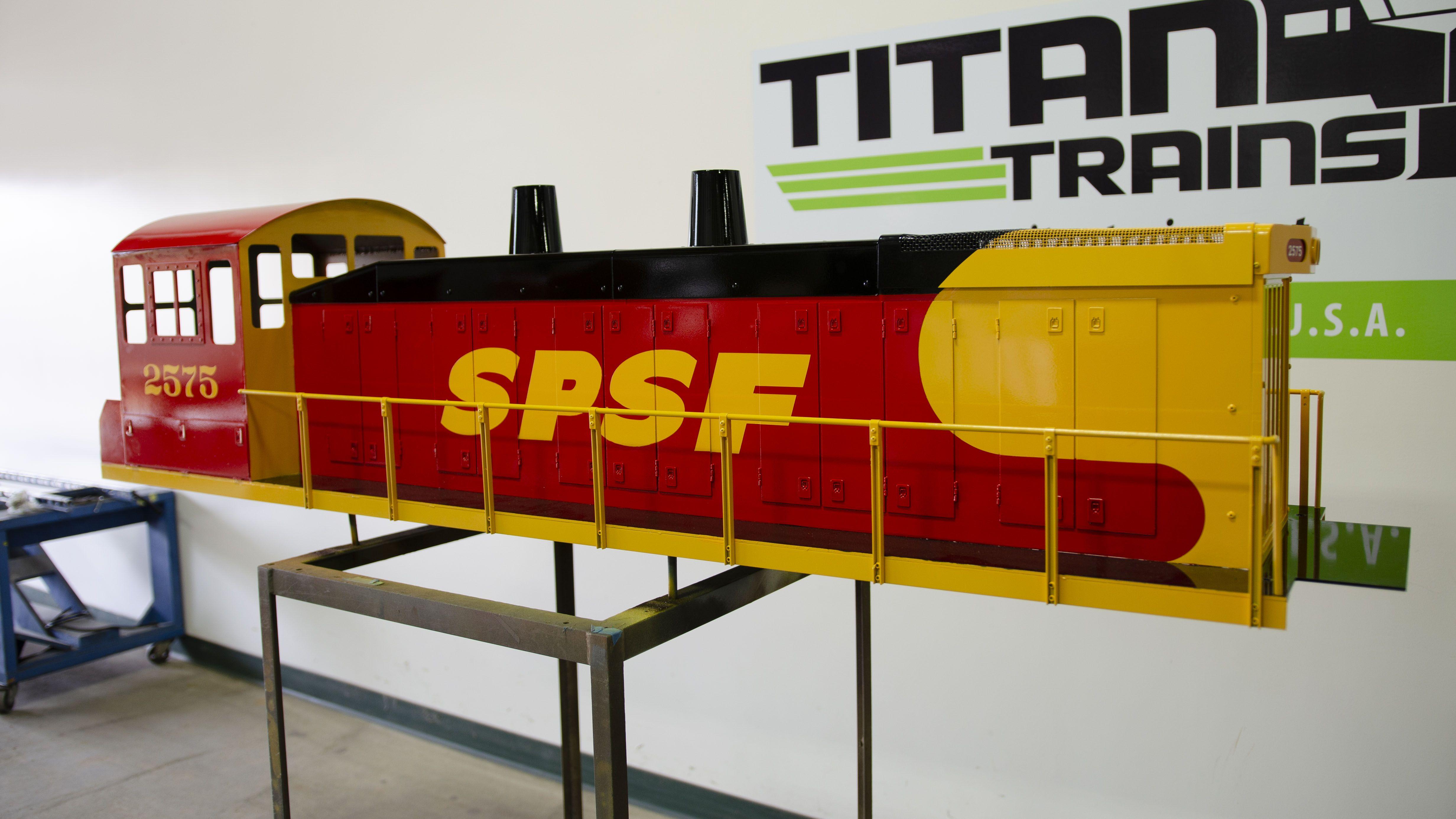 Titantrains Sw1500 Locomotive Train Train Car Custom Paint Jobs