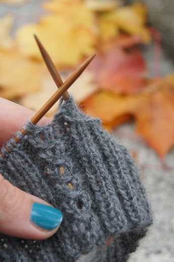 Einfaches Zopfmuster | Stricken | Pinterest | Stricken, Strickmuster ...