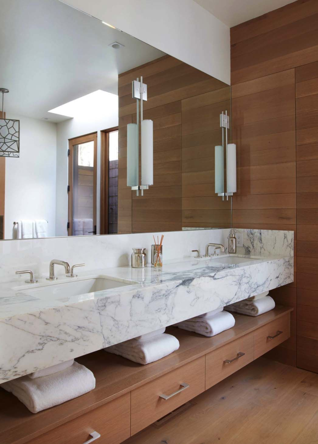 How To Create Safe And Modern Bathroom Design Modern Bathroom