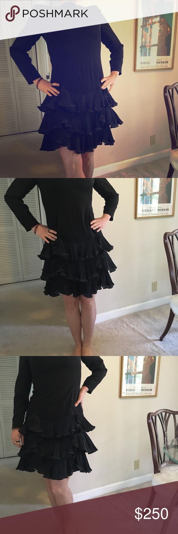 Carolina Herrera Vintage Black Dress Vintage Black Dress Carolina Herrera Dresses Clothes Design [ 1740 x 580 Pixel ]