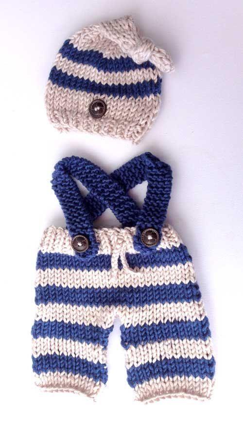 Un conjunto estilo marinero realizado con dos agujas para un recién nacido 988df222a88