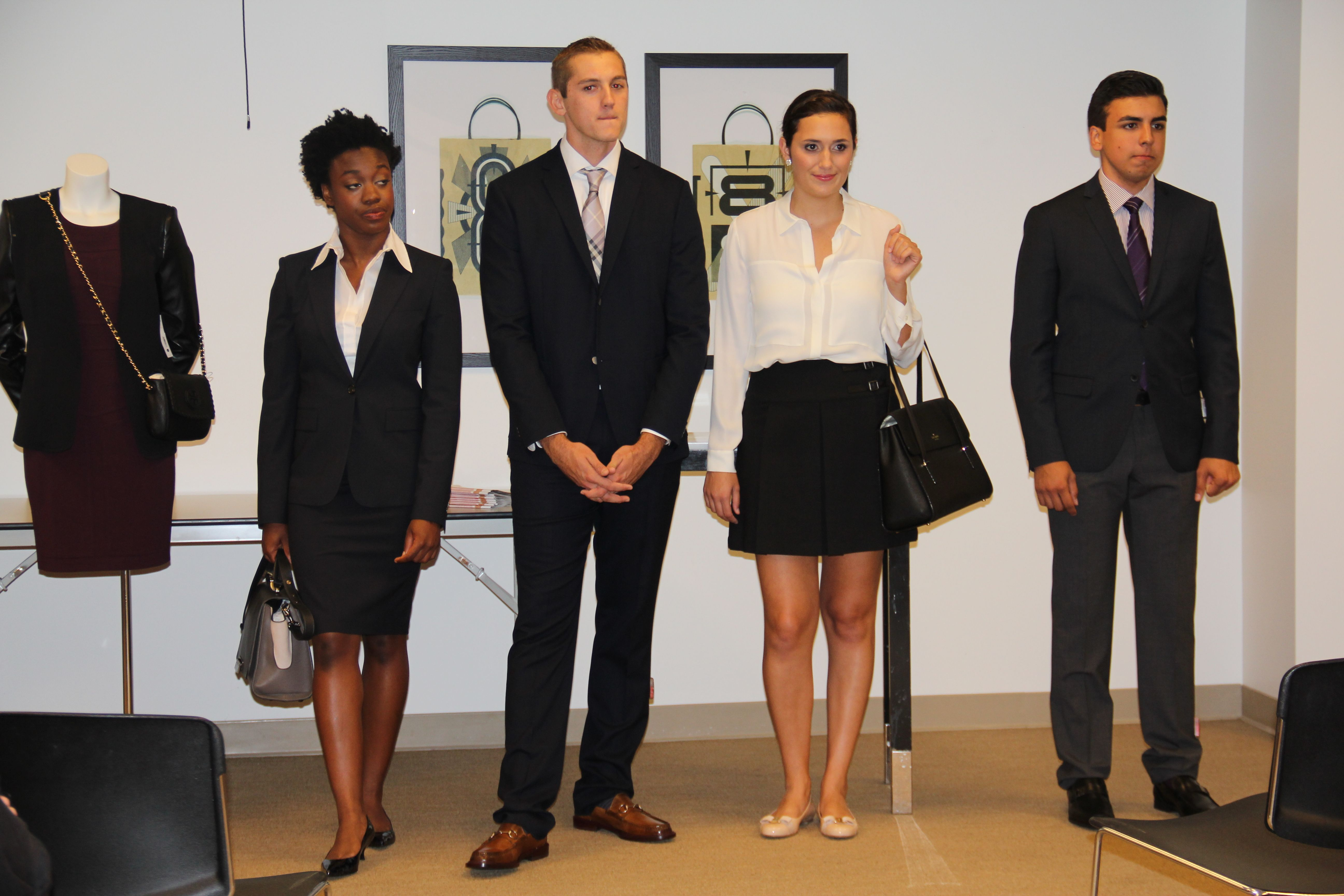 bloomingdales presents fashion your future event teaches vanguard university students how to dress for success in job interviews - How To Dress For An Interview Success
