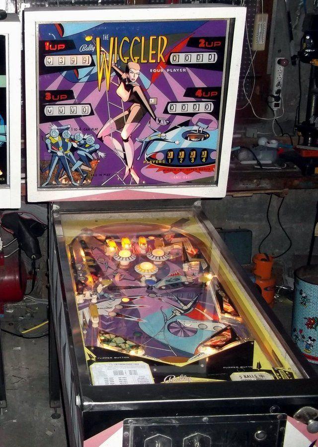 """1967 The Wiggler """"Bally""""Pinball Machine   Pinball, Pinball machine, Pinball  art"""