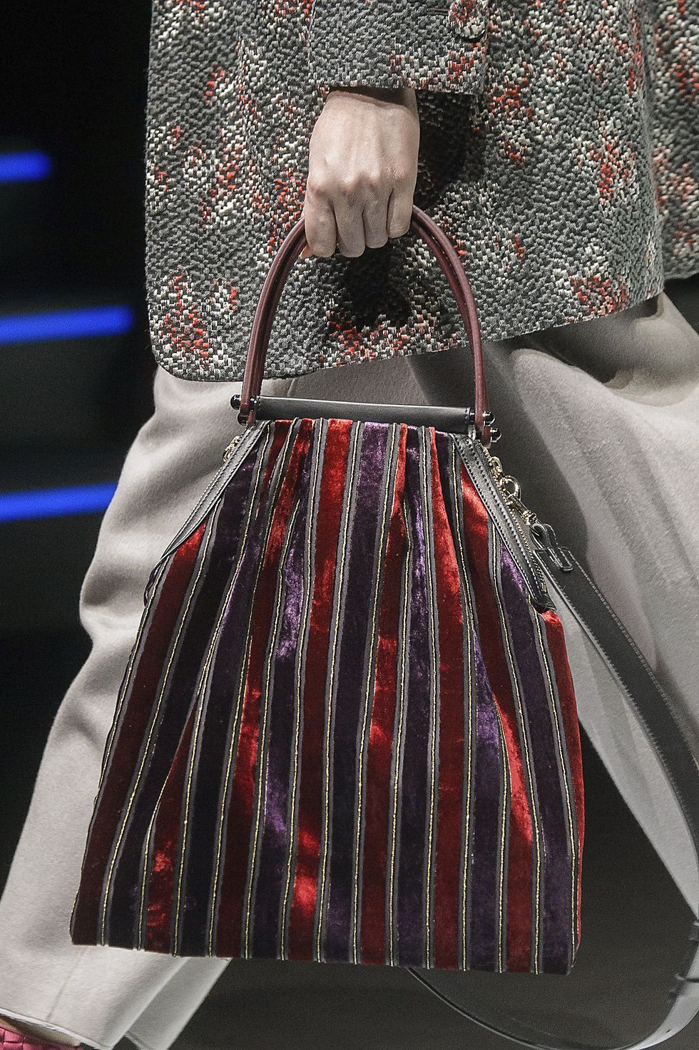 The 100 best bags from the AW18 catwalks | シマシマ | バッグ, 布 ...
