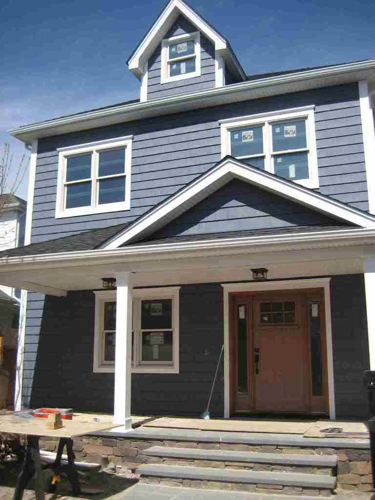Dark blue vinyl siding colors google search for the for Vinyl siding colors on houses