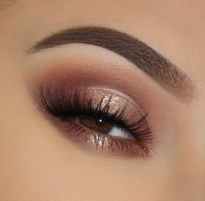 Roségold-Lidschatten-Look mit perfekten Augenbrauen, glam-Lidschatten-Look zum Ausgehen und #goldmakeup