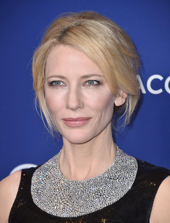 Cate Blanchett radiates in 1.5 million Tiffany's necklace