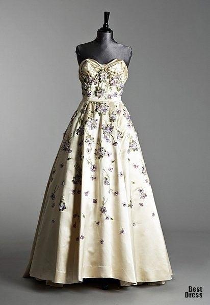 Balmain 1950 Pierre Balmain Pinterest Gowns Ball Gowns And