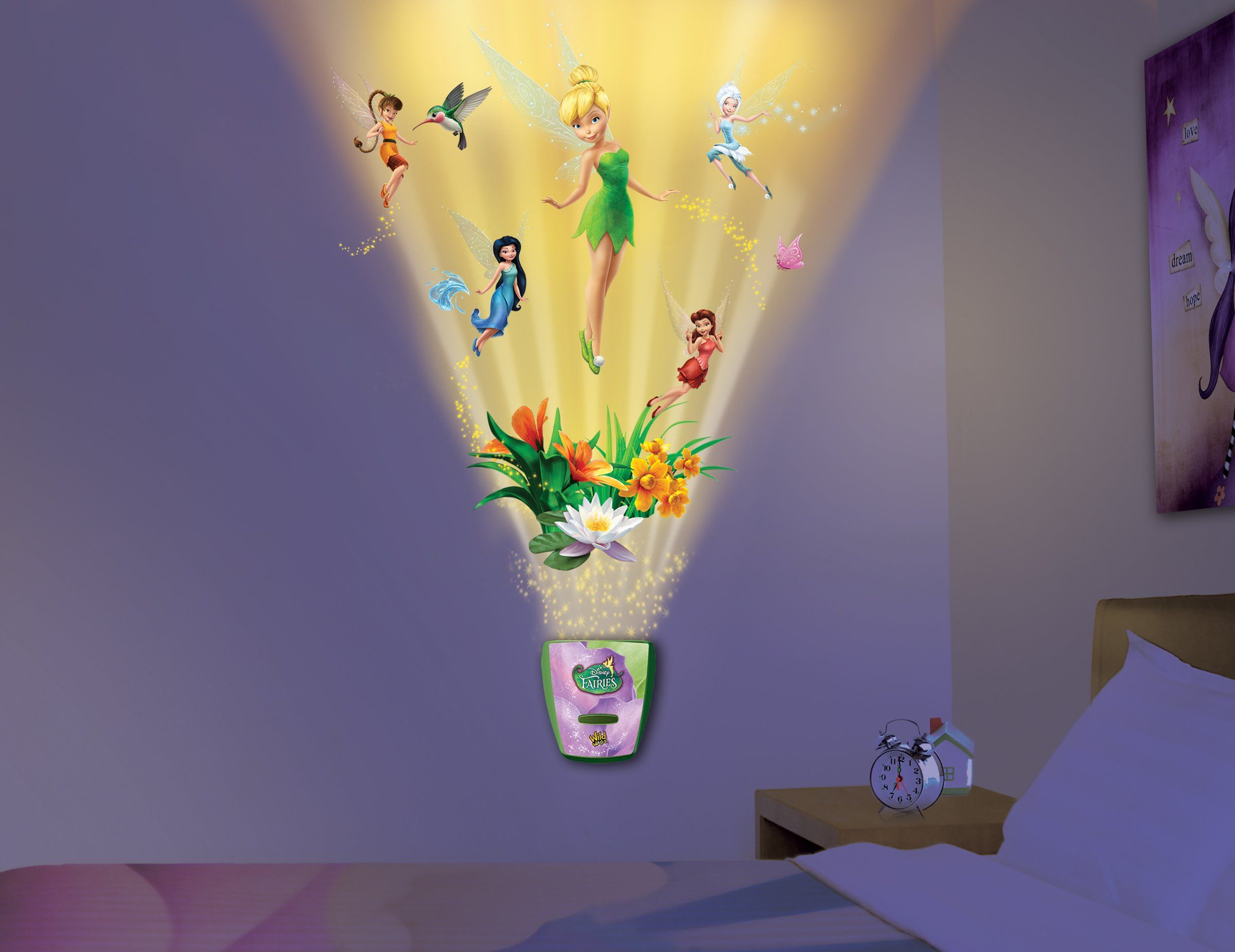Amazon.com: Uncle Milton   Tinkerbell Wild Walls   Light And Sound Room  Decor