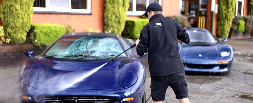 Ensure mint condition with mobile car washing in melbourne