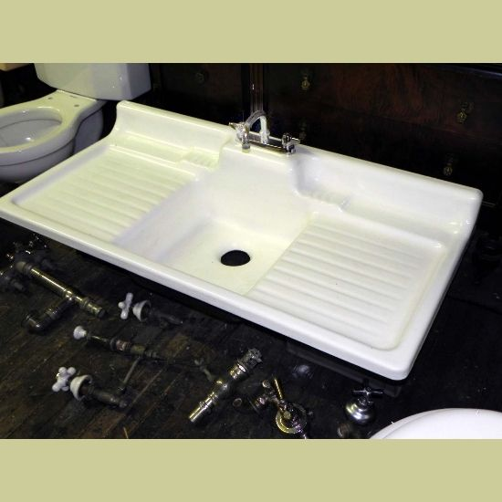 VINTAGE PORCELAIN OVER CAST IRON DOUBLE DRAIN BOARD KITCHEN SINK IN  EXCELLENT CONDITION : Architectural Artifacts